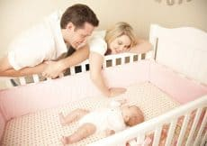 Top 5 Best Cribs For Short Moms