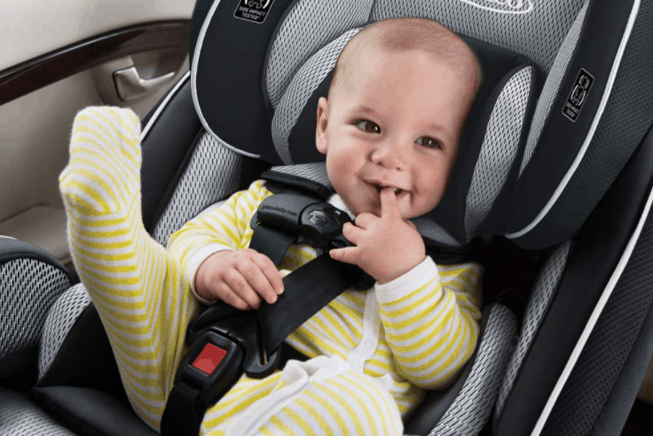 baby in graco car seat