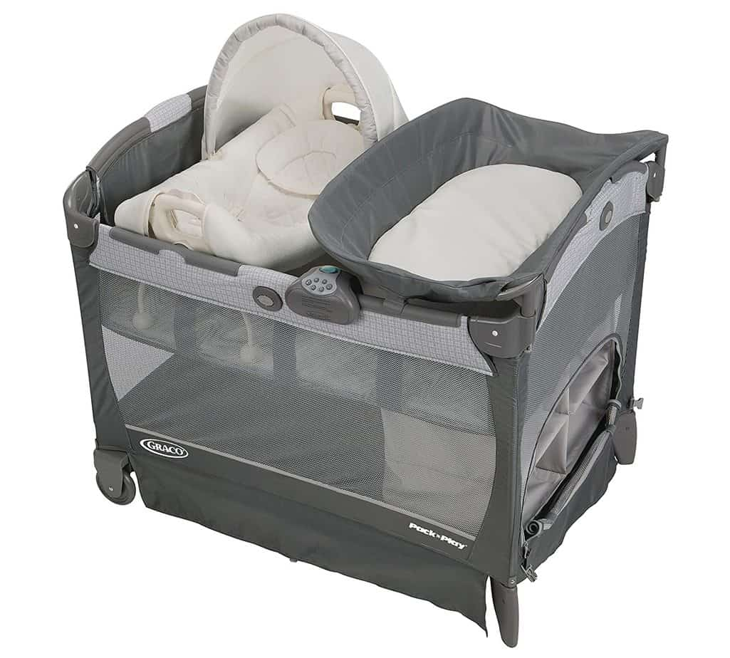 Graco Pack 'n Play Playard Bassinet Changer with Cuddle